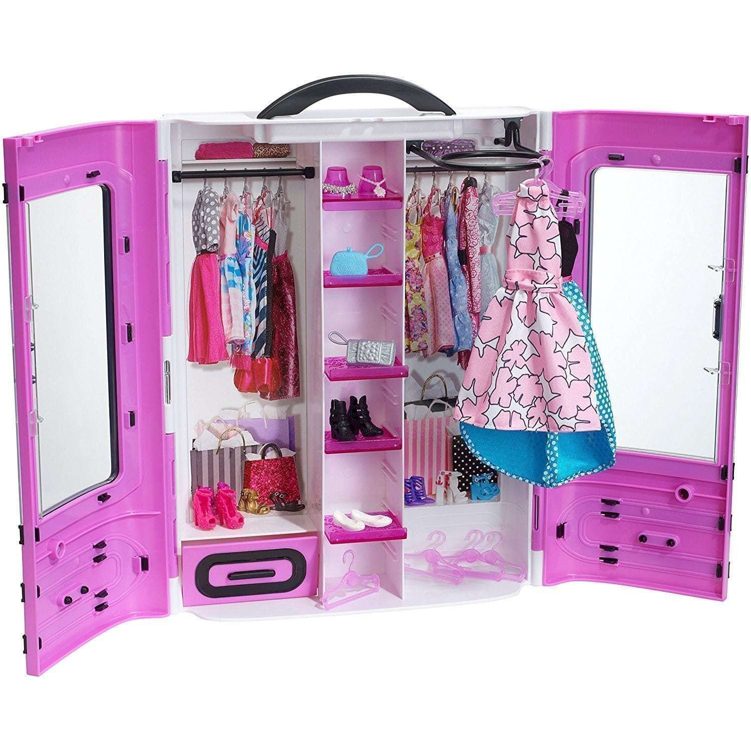 Barbie fashionista ultimate wardrobe